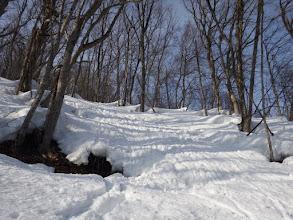 腐った雪に苦労する