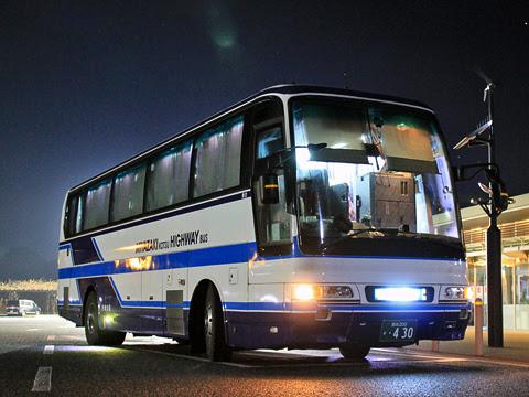 宮崎交通「福岡~延岡・宮崎 夜行線」 ・430 山田SAにて_01