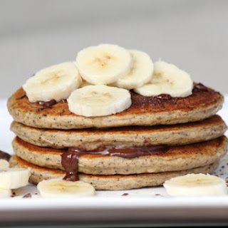 Nutty Hemp & Banana Pancakes