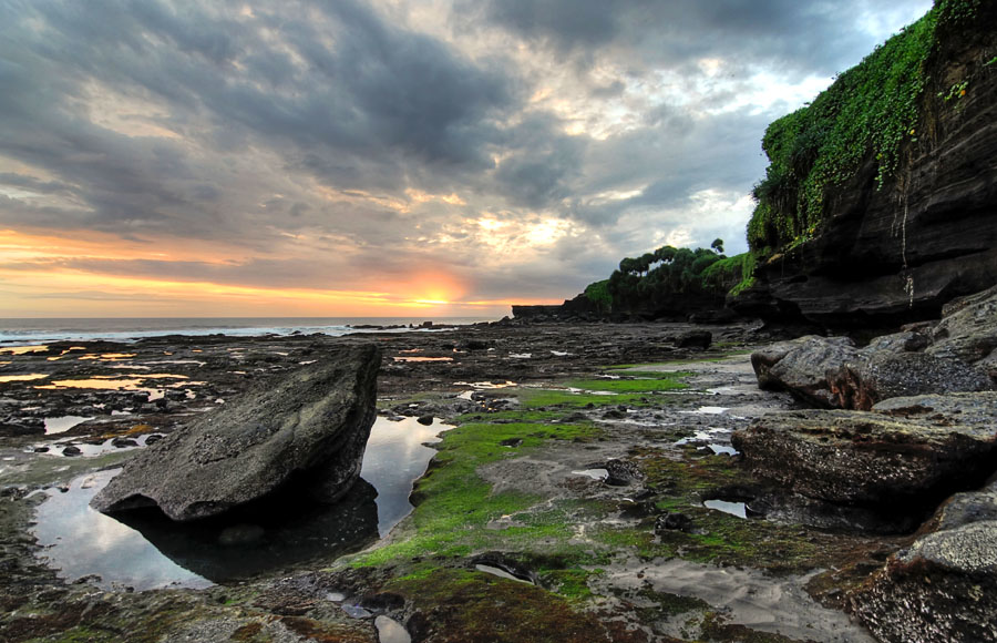 Tanah Lot by Yudhi Fardian - Landscapes Travel ( hdr, indonesia, tanah lot )
