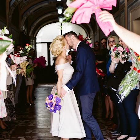 Fotograful de nuntă Cezar Buliga (cezarbuliga). Fotografie la: 09.05.2018