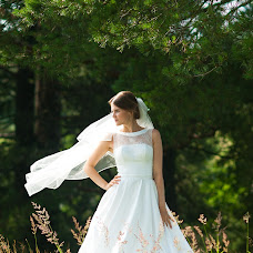 Wedding photographer Anastasiya Batina (nastenzya). Photo of 03.08.2017