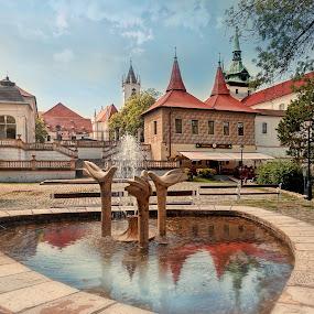 by Martin Kerda - City,  Street & Park  Fountains