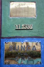 Photo: Marcas de la Memoria (4) Local del Sunca (Sindicato de la Construcción), Yi 1538. 1974 – 1984. Local usurpado por la dictadura fascista cívico-militar y recuperado por la lucha del pueblo. Placa conmemorativa.