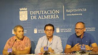 Valdivia, gestor del proyecto; Guzmán, diputado provincial y García, alcalde de Almócita