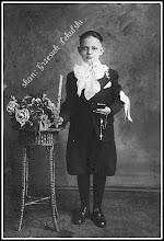 Photo: Zdjęcie chłopca przystępującego do Pierwszej Komunii Św.