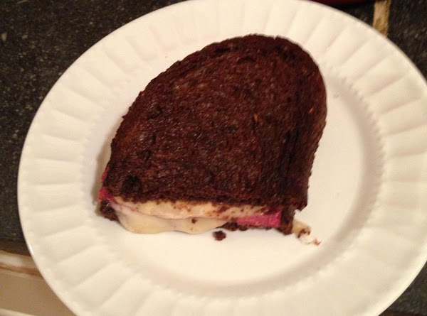 Corned Beef And Swiss Cheese On Pumpernickel Recipe