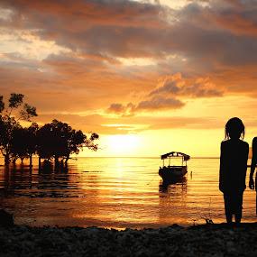 Bayangan Anak-anak Pantai by Achmad Sutanto - Babies & Children Children Candids ( #flores, #children, #sunset, #kids )