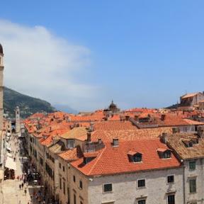 【世界の絶景】クロアチア・ドゥブロヴニク旧市街の絶景を見下ろしながら城壁ウォークを楽しむ