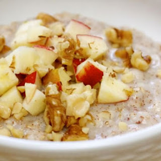 Quick-Cooked Apple Pie Oats.