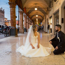 Wedding photographer Lorenzo Mazzoli (LorenzoMazzoli). Photo of 04.02.2019