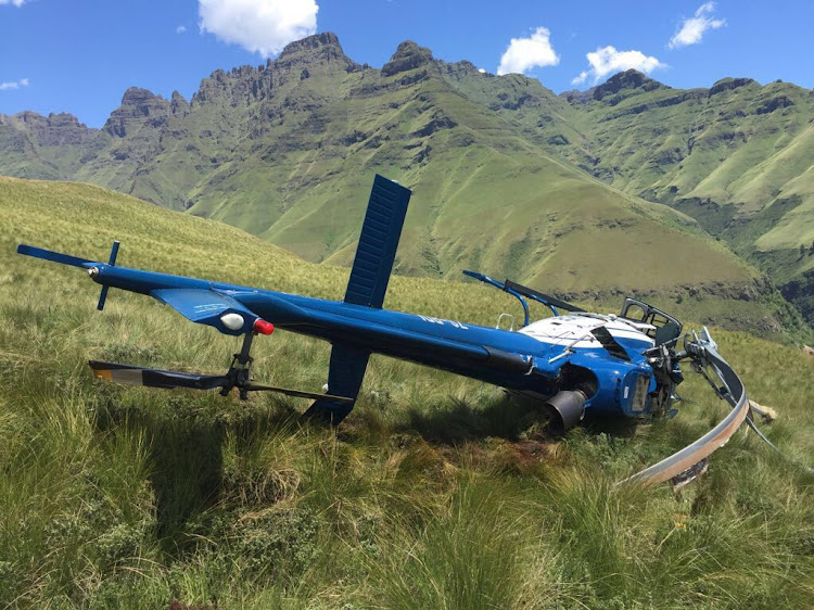A police chopper crashed in the Drakensberg during a search for missing person