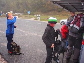 Photo: Na cilju pri avtobusu pa megla, mraz, pršenje.