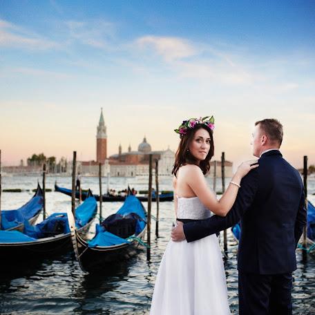 Wedding photographer Tomasz Piekorz (piekorz). Photo of 12.10.2015