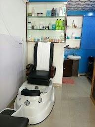 La Coupe Unisex Hair Salon Studio photo 1