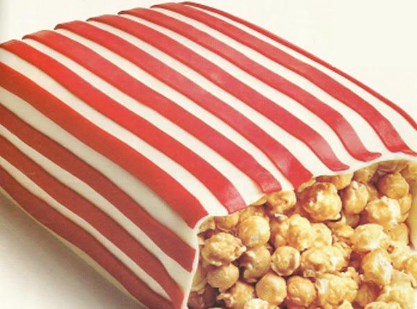 Caramel Popcorn Cake Recipe