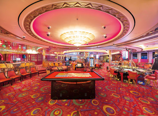 mariner-of-seas-casino.jpg -  Play the slots, poker, blackjack, craps and other games of chance at the casino on Mariner of the Seas.