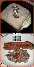 Photo: croque-madame décoré de champignon de couche de Frontenac et champignons cuisinés à la crème fraiche, et à la persaillade accompagnés de ventrèche grillée