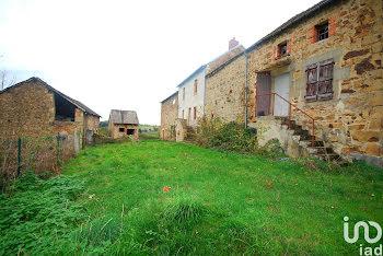 maison à Bussieres (63)