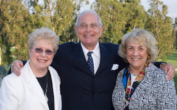 Photo: Doris Haims, Marty Cann and Judi Forman. © Tom Neerken Photography