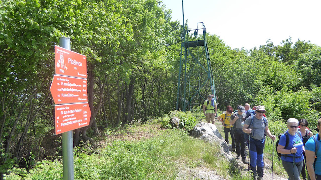 HPD Jastrebarsko preuzelo održavanje razgledne piramide na vrhu Plešivice