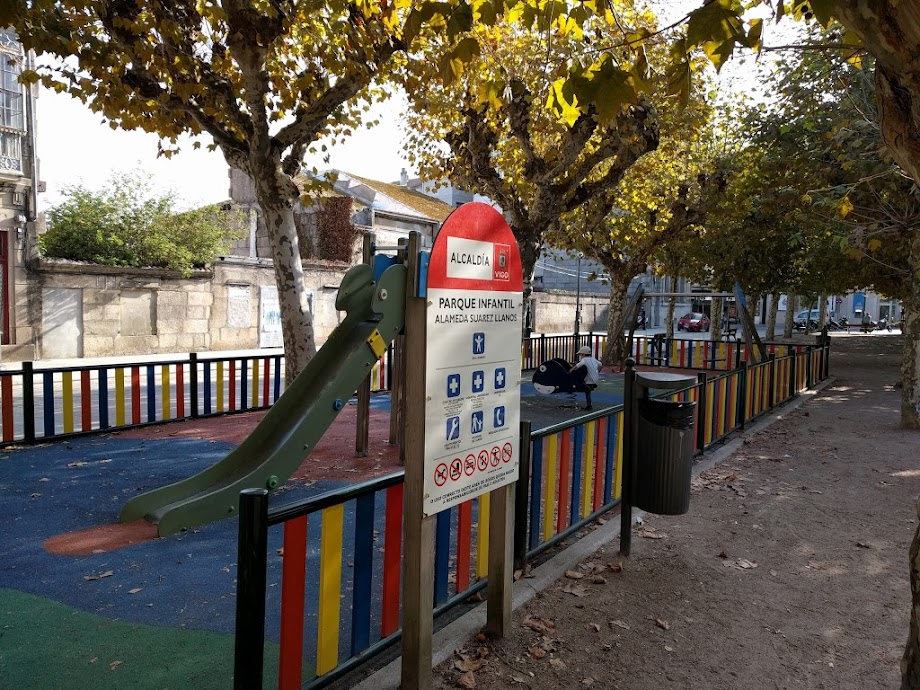 Foto Parque infantil Alameda Suarez Llanos 5