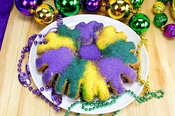 My Favorite King Cake For Mardi Gras.