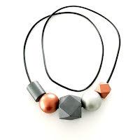 Halsband, TR004