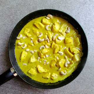 Coconut Milk Curry Chicken With Cashews