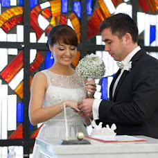 Wedding photographer Sergey Yakunichev (Pirate). Photo of 17.01.2014