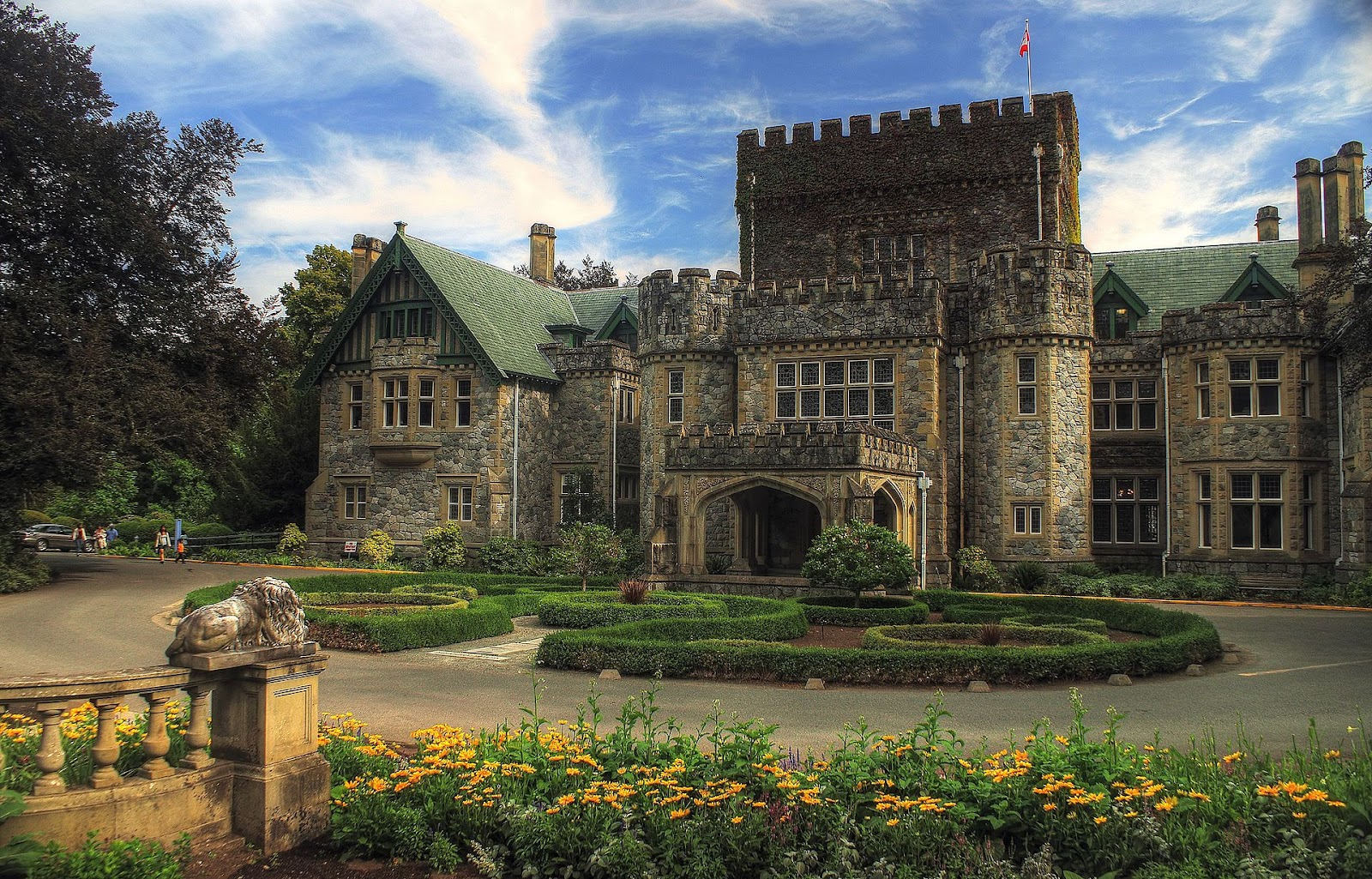 Hatley Castle, Royal Roads University, X-Mansion in the X-Men films.