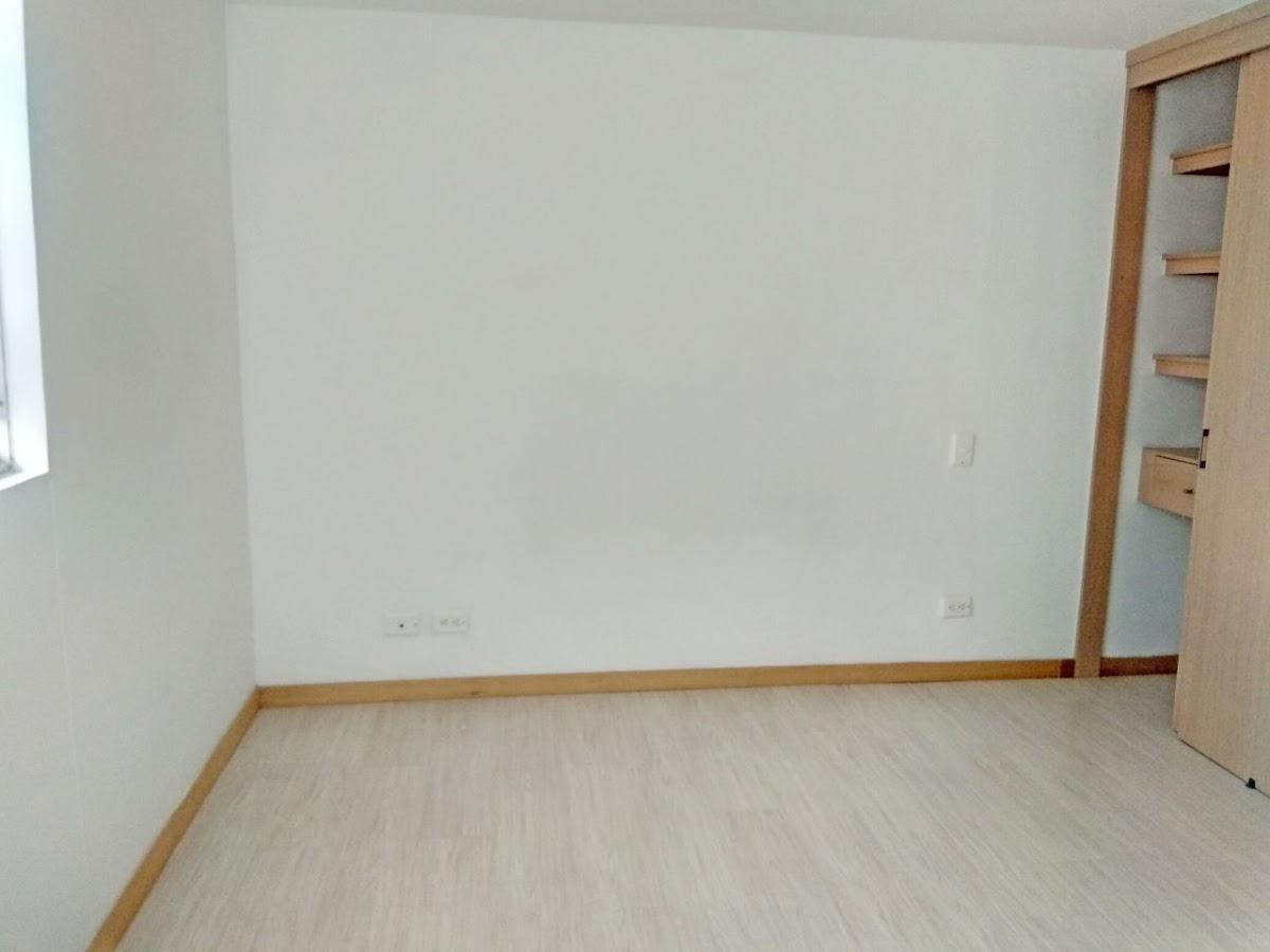 apartamento en venta la aldea 679-20749