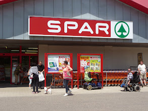 Photo: Spar supermarket with wheelchair access and parking for disabled.