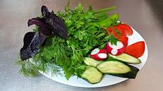 Букет из свежих овощей и зелени 100/80/20/100гр