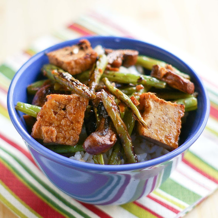 Green Beans, Tofu and Mushrooms in Black Bean Sauce