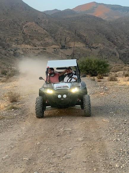 En bogguie por el Desierto de Tabernas.