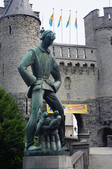 The Giant of the Antwerpen legend (2014)