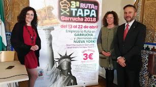 Presentación del cartel de la IIIRuta de la Tapa de Garrucha.