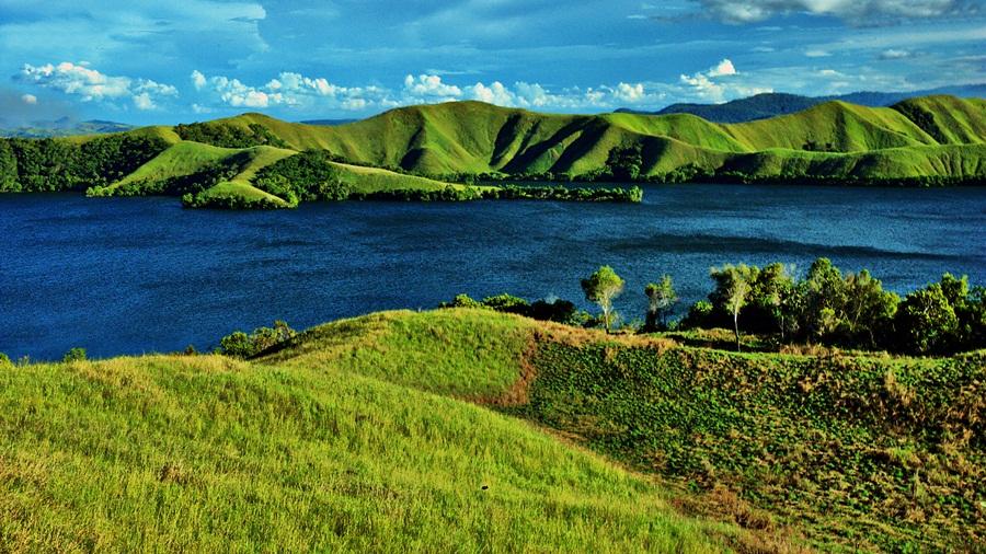 :: Nature of Sentani Lake :: by Sengkiu Pasaribu - Landscapes Prairies, Meadows & Fields
