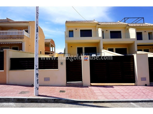 Los Balcones Semidetached Villa: Los Balcones Semidetached Villa for sale
