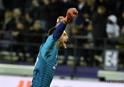 ? Guillermo Ochoa et Thomas Didillon sélectionnés par l'UEFA