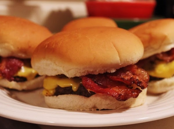 Delicious Bacon Cheeseburgers Recipe