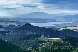 Photo: Widok na Babią i Jezioro Czorsztyńskie ze szlaku na Trzy Korony