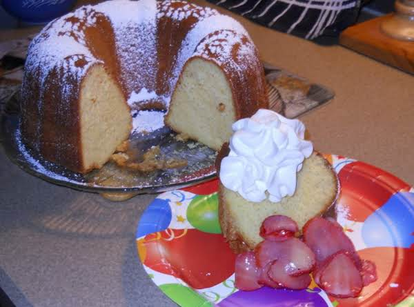 Banana Pudding Bundt Cake Recipe