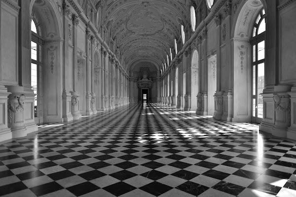 Vuota!  di Matteo Faliero