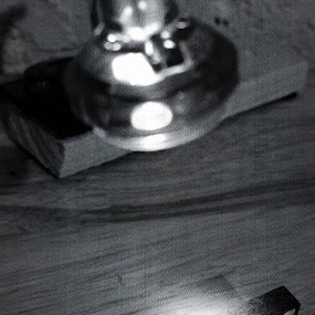 Spotlight Single Six Four by Luis Mendez - Instagram & Mobile iPhone ( macro, black and white, lamp, dominoes, spotlight )