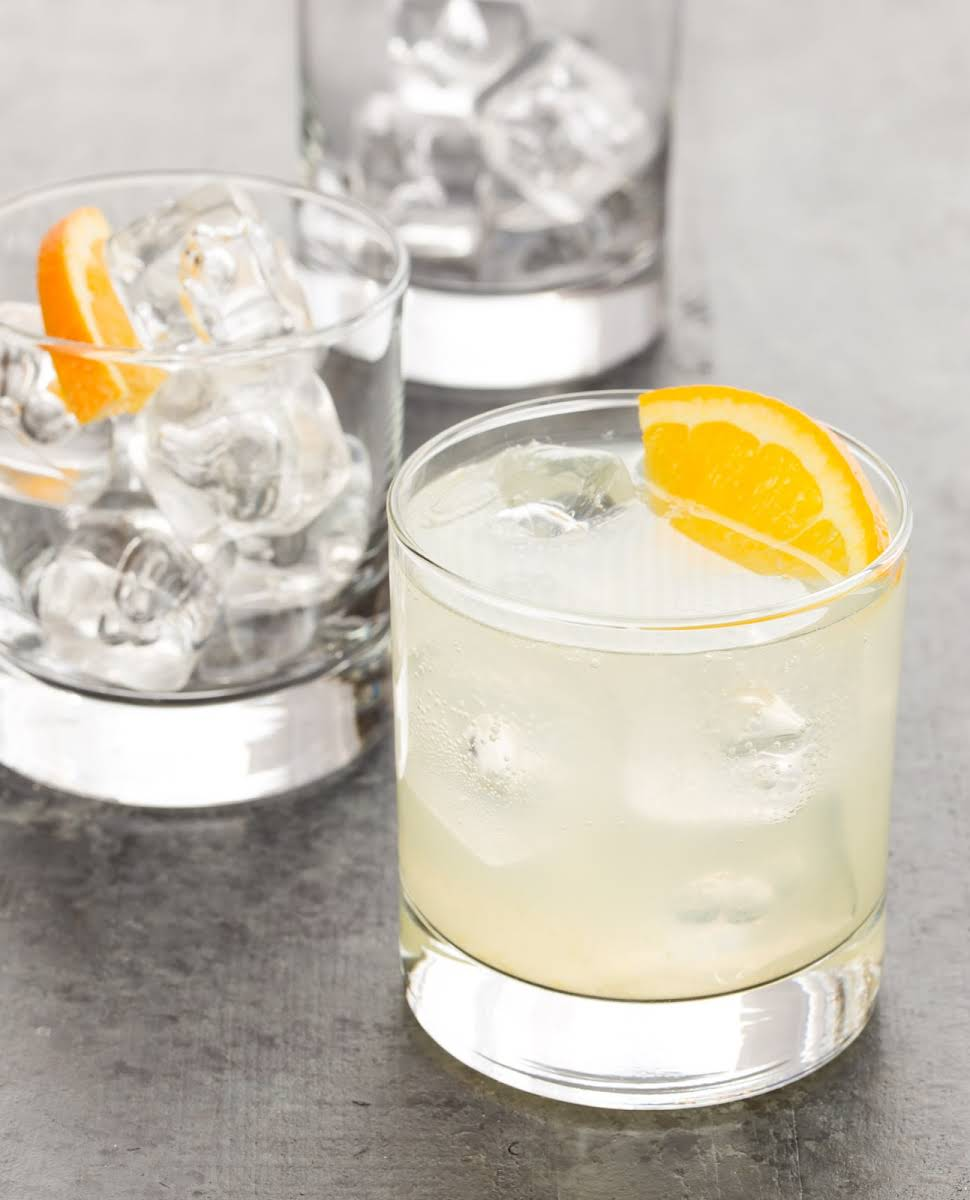 10 best drinks with club soda and gin recipes. Black Bedroom Furniture Sets. Home Design Ideas