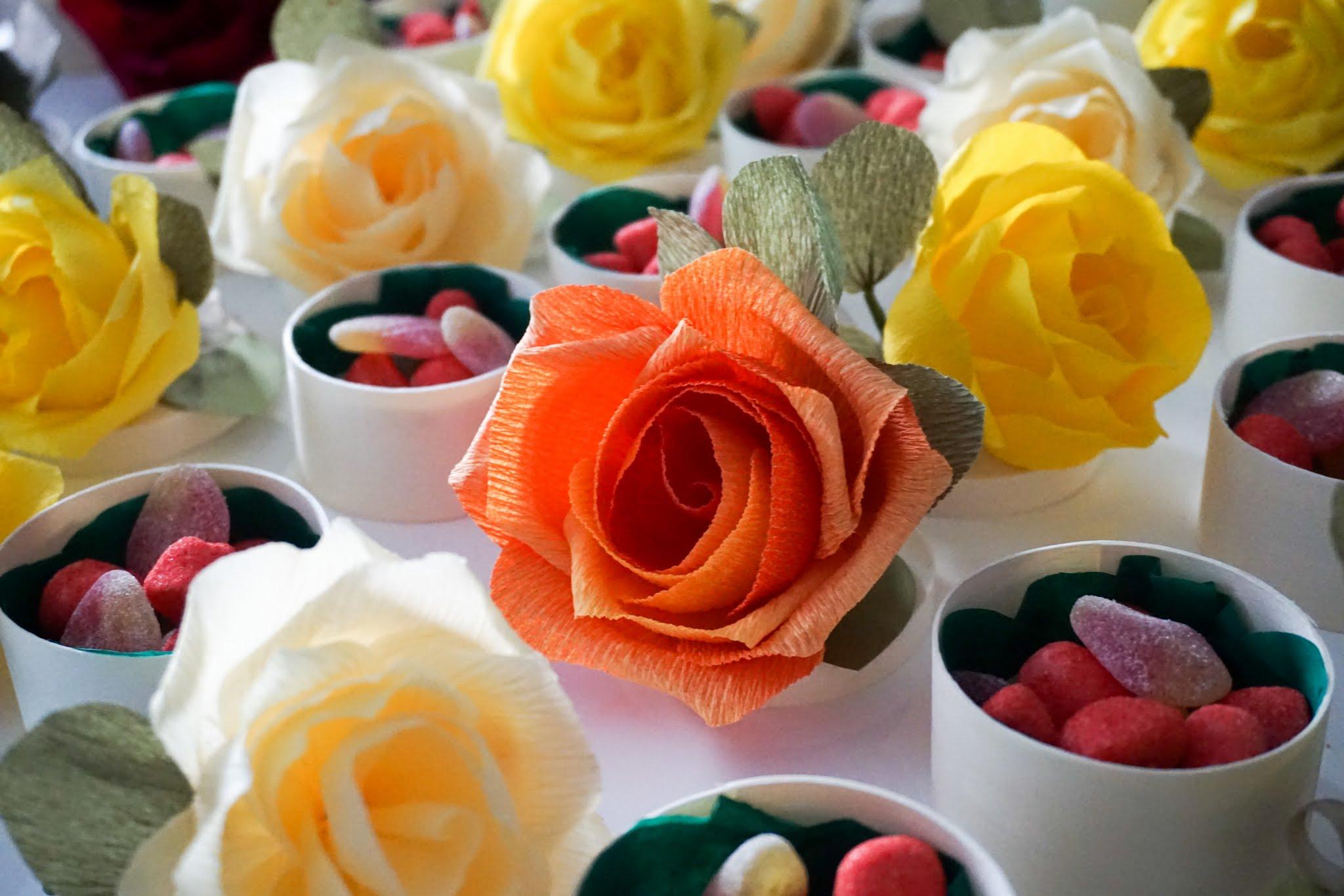 Bucurii din buzunarul sufletului - povestea celor 100 de trandafiri din hartie