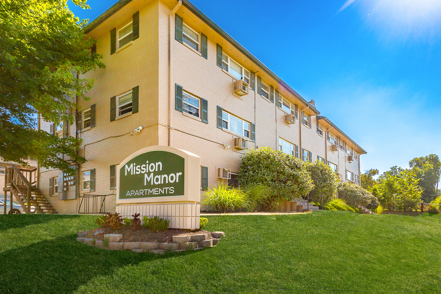 Mission Manor Apartments in Kansas City, Kansas | The ...