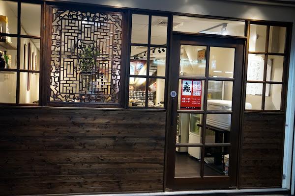 台北的小酌之家:澎湃美味的台式小店